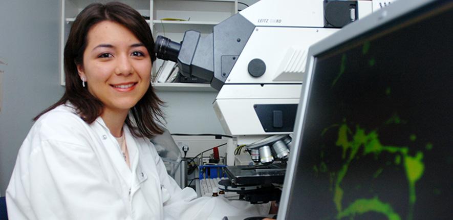 Image of brain repair researcher, University of Cambridge