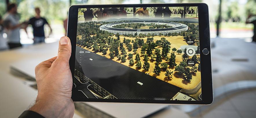 Image of virtual reality by Patrick Schneider on Unsplash